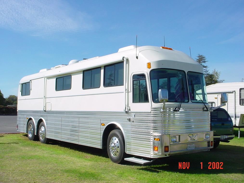 Silver Eagle Bus Sales, Motor Home Bus Conversion Sales, Bus Sales ...