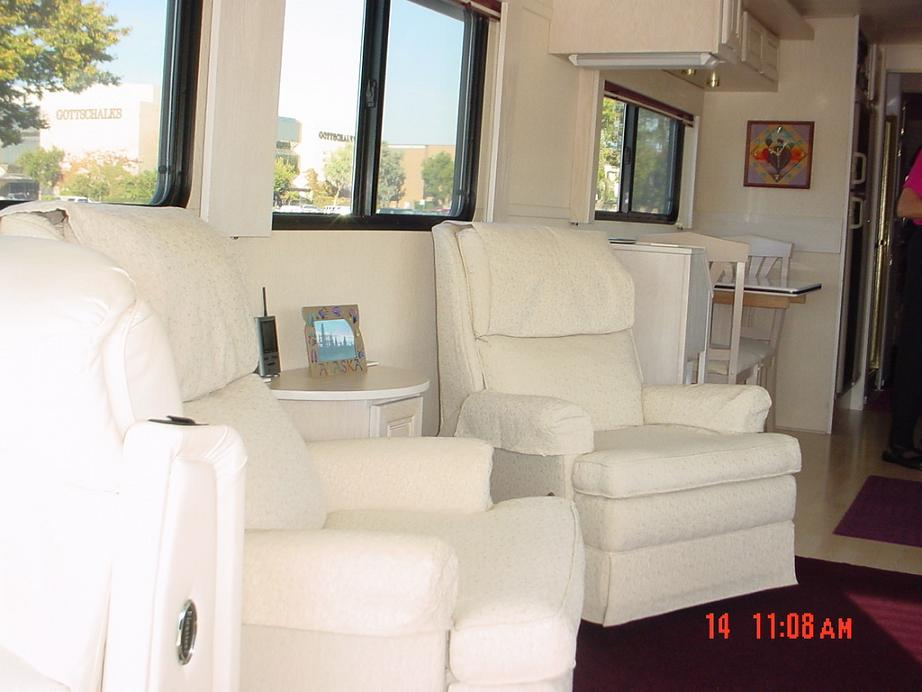 Silver Eagle Bus Sales Motor Home Bus Conversion Sales  : coffey2015 from www.tejascoach.com size 922 x 692 jpeg 69kB